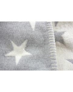 Babydeken met sterretjes en naam - grijs/roomwit