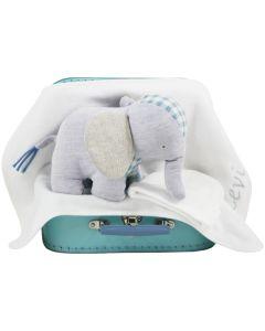Elephant Energy op speelgoedkoffer met luiers