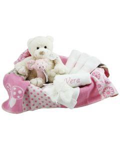 Kraammand met Ivory beer op katoenen deken