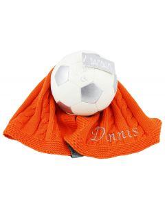 Hup Holland Hup, Oranje babycadeau - gebreide spuuglap met voetbal