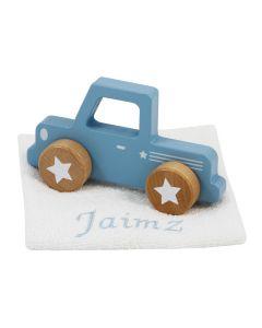 Houten auto op uildeken met naam - blauw